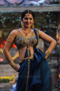 Rudhramadevi Anushka Images