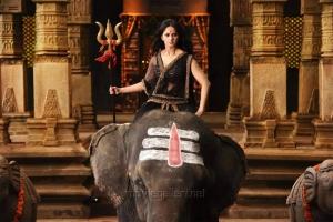 Rudramadevi Actress Anushka Images