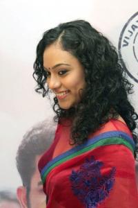 Tamil Actress Rupa Manjari in Saree Hot Pics