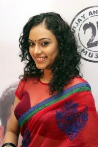 Tamil Actress Rupa Manjari Hot Saree Pics