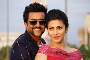 Suriya, Shruti Haasan in S3 Movie Photos