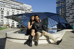 Shruti Haasan, Suriya in S3 Movie Photos