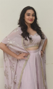 Actress Saathvika Raj Photos @ Neetho Movie Trailer Launch.