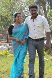 Actress Swasika, Samuthirakani in Saattai Movie Stills