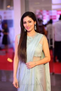 Actress Sada HD Pics @ Mirchi Music Awards South 2018