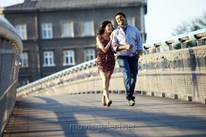 Karthi & Praneetha in Saguni Movie Latest Stills