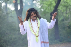 Actor Ali in Sahasam Cheyara Dimbaka Latest Photos