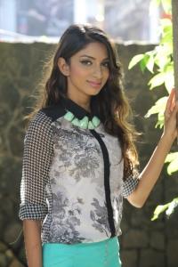 Tamil Heroine Sahithya Jagannathan Photos
