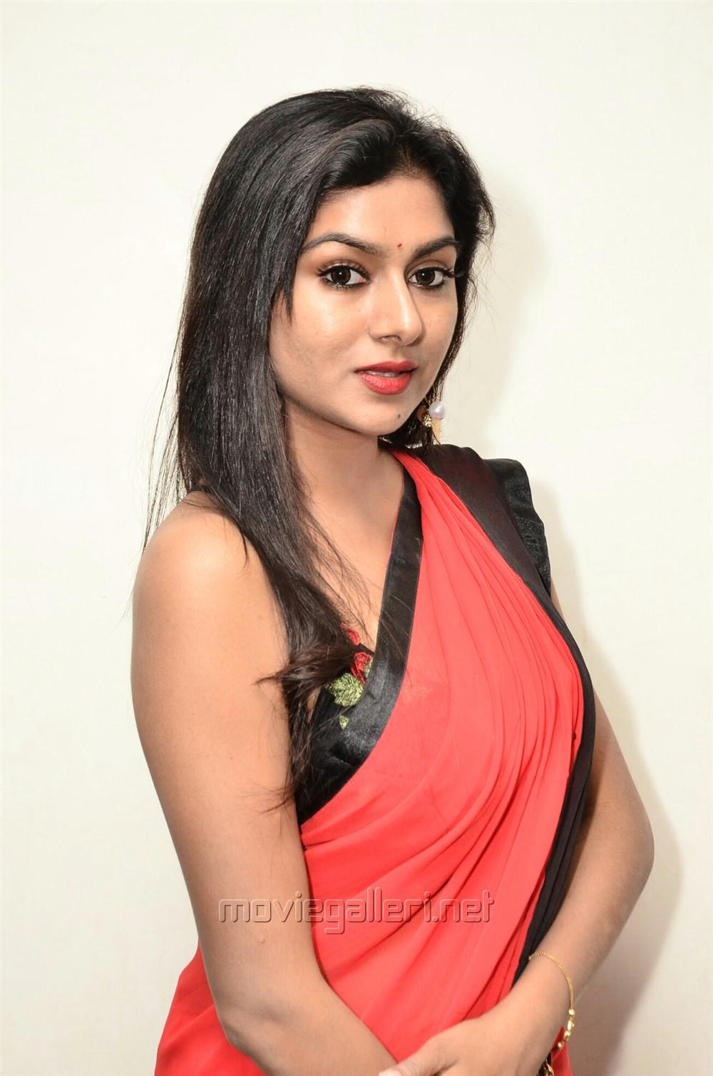 Actress Sai Akshatha Hot Red Saree & Sleeveless Black Blouse Pics