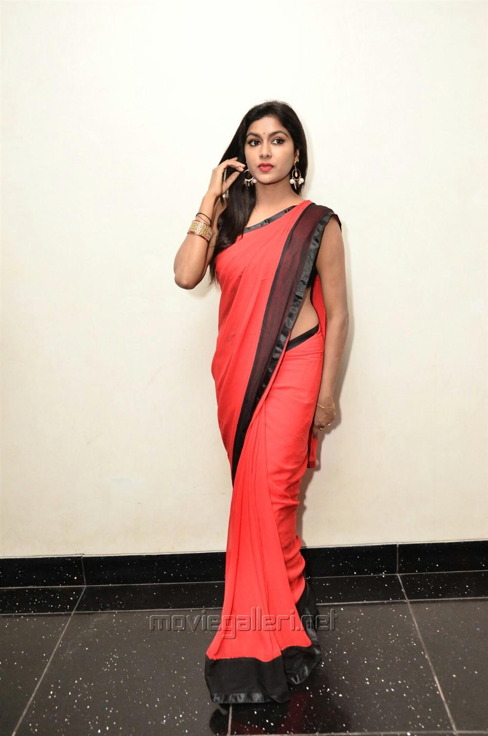 Actress Sai Akshatha Hot Red Saree Pics