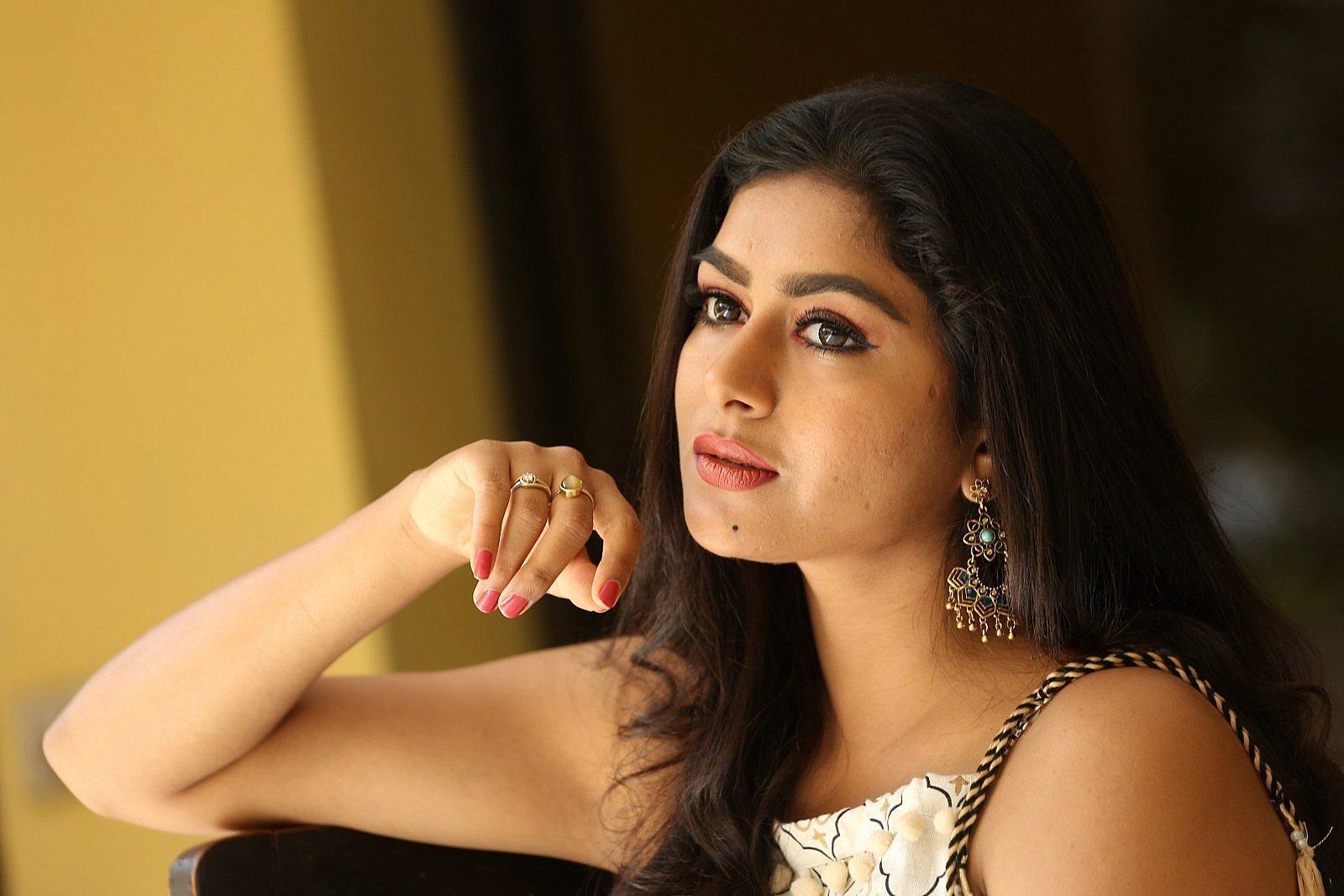 Special Movie Actress Sai Akshatha New Photos