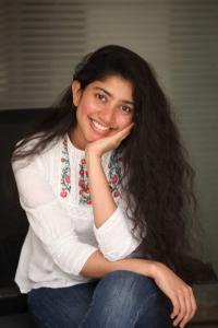 Love Story Actress Sai Pallavi Interview Photos