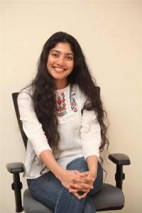 Love Story Heroine Sai Pallavi Interview Photos
