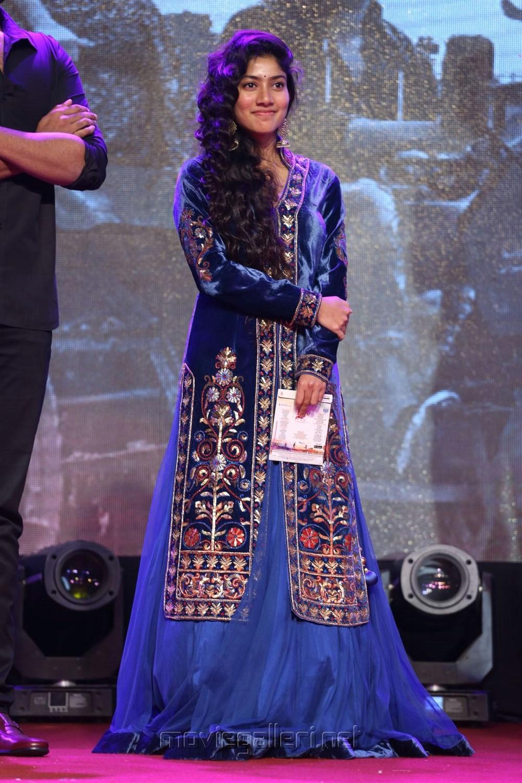 Fidaa Heroine Sai Pallavi Photos