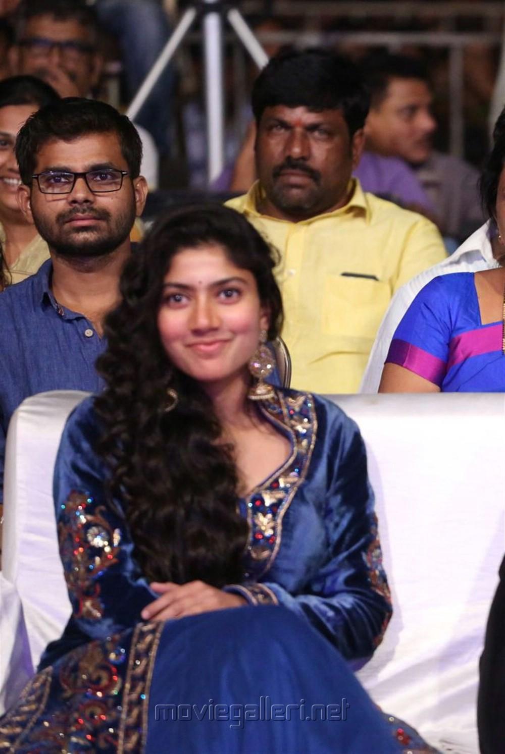 Telugu Actress Sai Pallavi Stills @ Fidaa Audio Launch