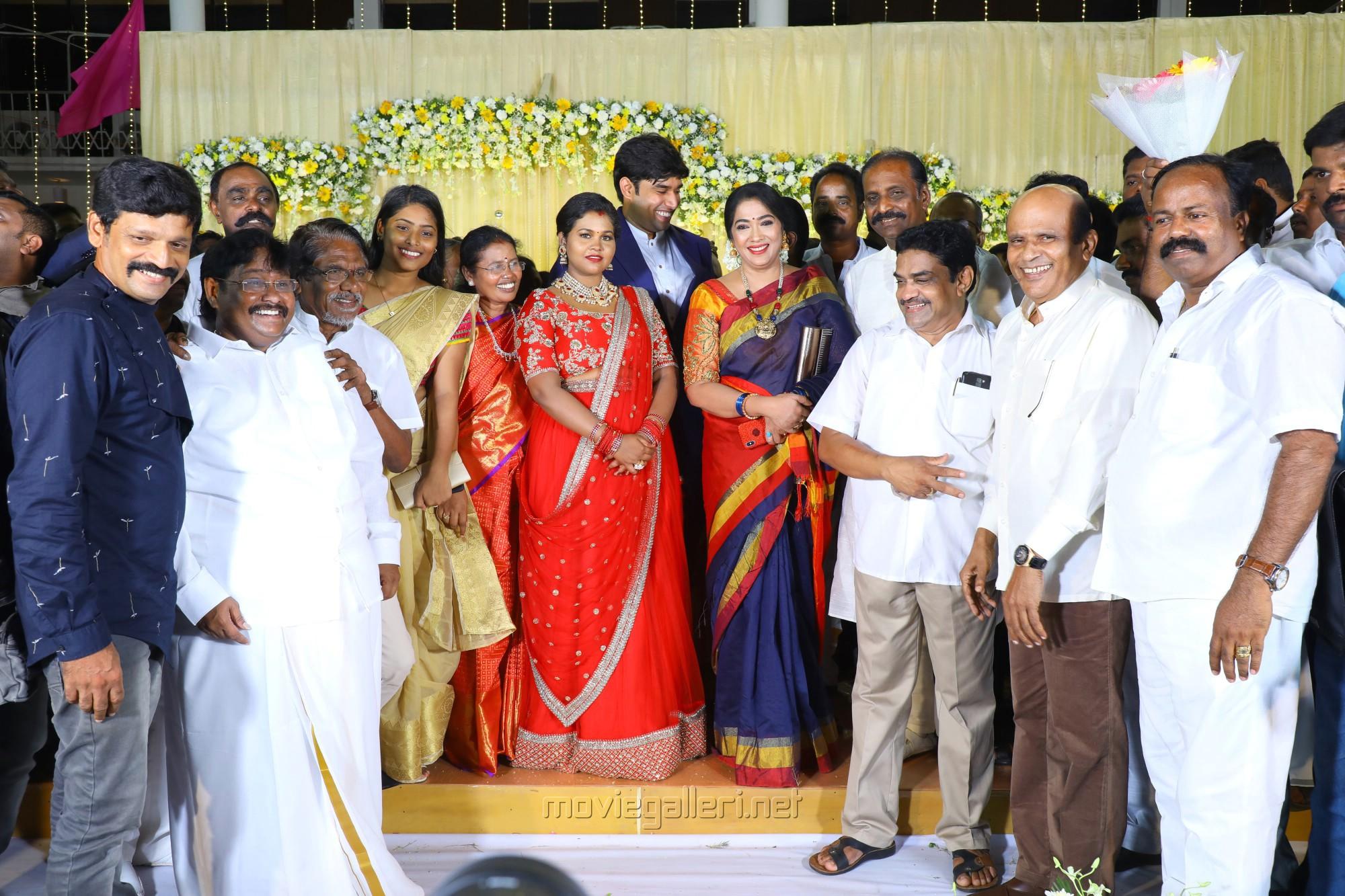 Rekha, Vagai Chandrasekar @ Salem RR Briyani Tamilselvan daughter Wedding Reception Stills