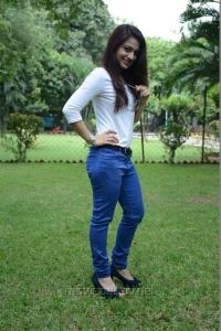 Salim Movie Actress Aksha Pardasany Hot Photos