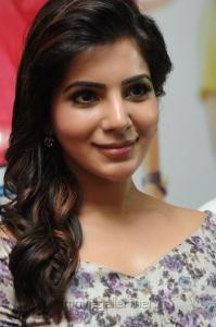 Actress Samantha Latest Images @  Attarintiki Daredi 25days Press Meet