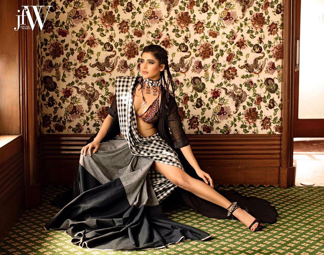 Actress Samantha Hot Photo Shoot For JFW Magazine July 2017