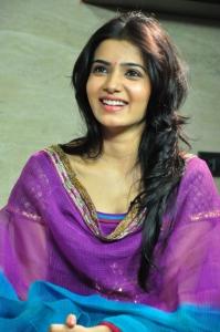 Samantha in Churidar Cute Smile Pics