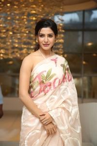 Actress Samantha Stills @ Jaanu Movie Thanks Meet