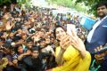 Actress Samantha Launches Big C Mobile @ Madurai Photos