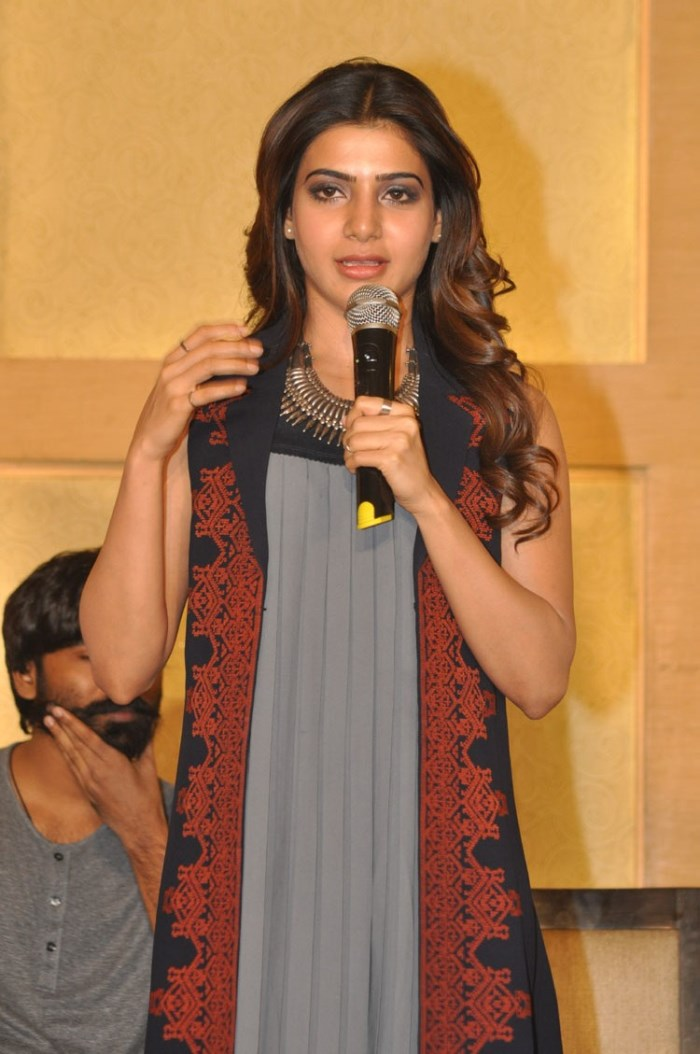Actress Samantha Images at Nava Manmadhudu Press Meet