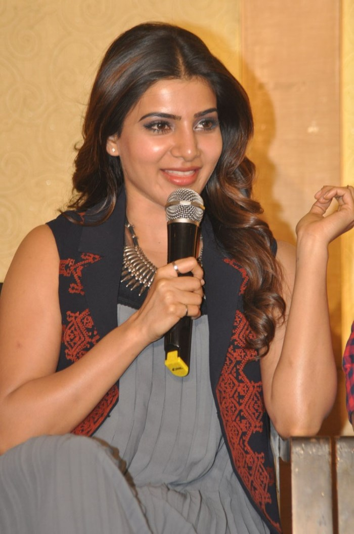 Actress Samantha Ruth Prabhu Images at Nava Manmadhudu Press Meet