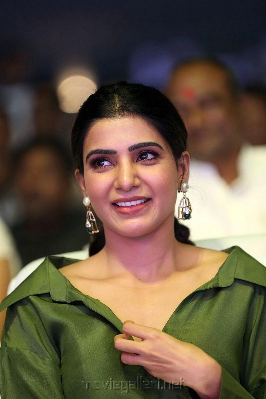 Actress Samantha New Pics @ Devadas Audio Launch