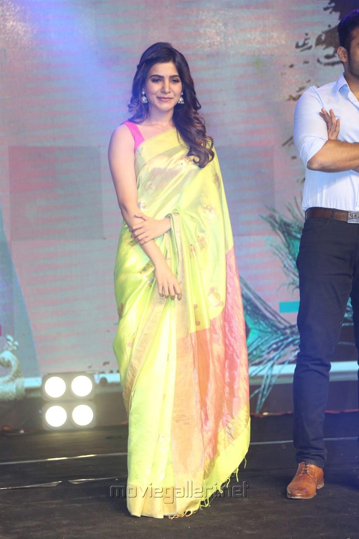 Actress Samantha Ruth Prabhu Photos @ Balakrishnudu Audio Launch