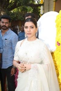 Actress Samantha Photos @ Shakuntalam Movie Launch