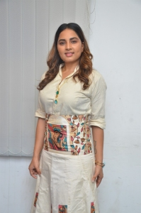 Actress Srushti Dange @ Sambavam Movie Pooja Stills