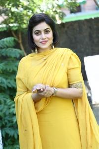 Actress Poorna @ Sambavam Movie Pooja Stills