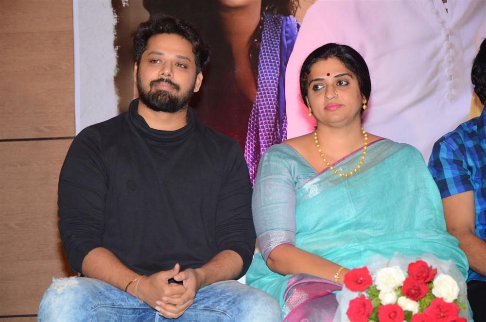Nandu, Pavitra Lokesh @ Sammohanam Movie Success Meet Stills
