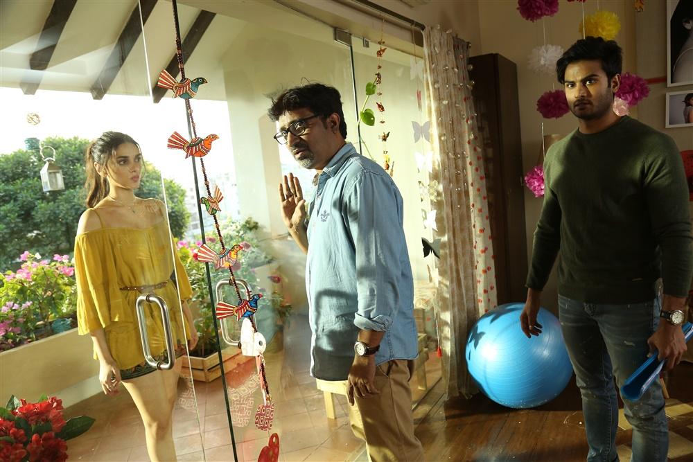 Aditi Rao Hydari, Mohanakrishna Indraganti, Sudheer Babu @ Sammohanam Movie Working Stills