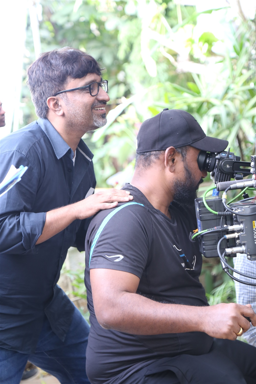 Mohanakrishna Indraganti @ Sammohanam Movie Working Stills