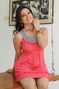 Actress Sana Khan New Hot Photo Shoot Images