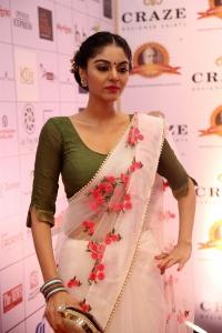 Tamil Actress Sanam Shetty Saree Photos