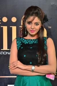 Actress Sanam Shetty Stills at IIFA Utsavam Awards 2017
