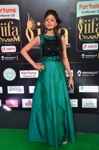 Actress Sanam Shetty Stills at IIFA Utsavam Awards 2017 Green Carpet