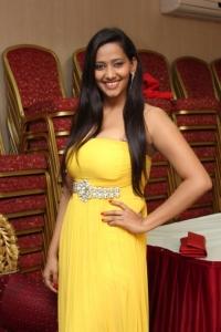 Actress Sanchana Singh Hot Stills