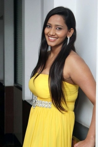 Sanchana Singh Hot Stills at Yaarukku Theriyum Press Meet
