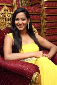 New Tamil Actress Sanchana Hot Stills