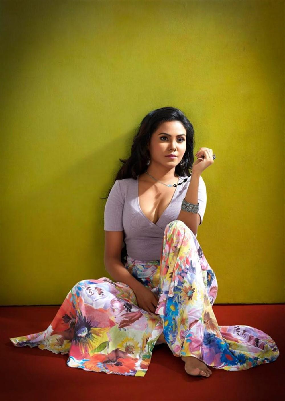 Actress Sanchar D Souza Photoshoot Stills