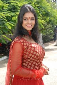 Sanchita Padukone Actress Stills