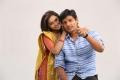 Sri Divya, Jiiva in Sangili Bungili Kadhava Thorae Movie Stills