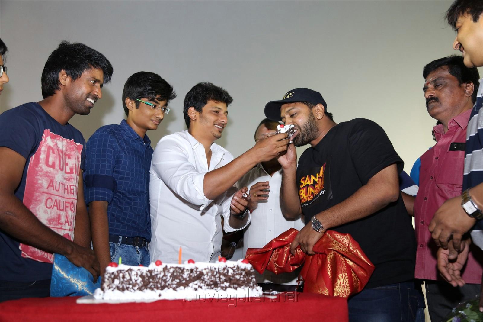 Soori, Jiiva, Ike @ Sangili Bungili Kadhava Thorae Success Celebration at Kamala Cinemas