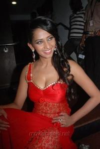 Sanjana Singh Hot Spicy Photos Gallery