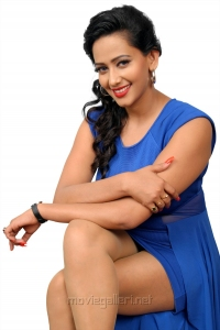 Sanjana Singh Spicy Hot Photo Shoot Pics in Blue Dress