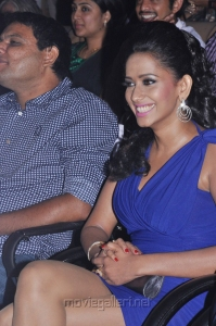 Sanjana Singh Hot Thigh Show Pics